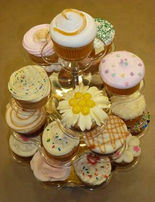 display cupcakes variados